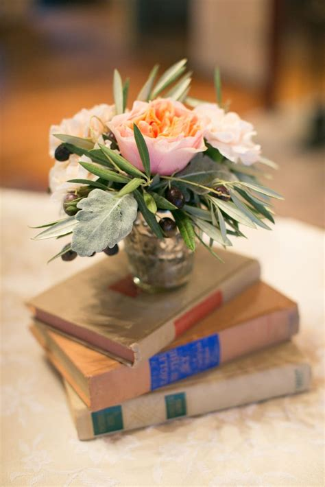 25 best ideas about vintage book centerpiece on