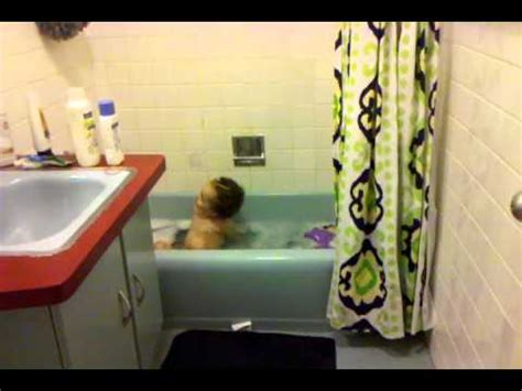 baby farts in bathtub shanelle sing in tub fart youtube