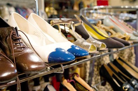 17 best images about vintage shops chicago on