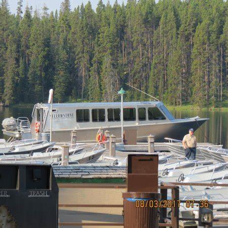 lake yellowstone boat tours yellowstone lake scenicruise yellowstone national park