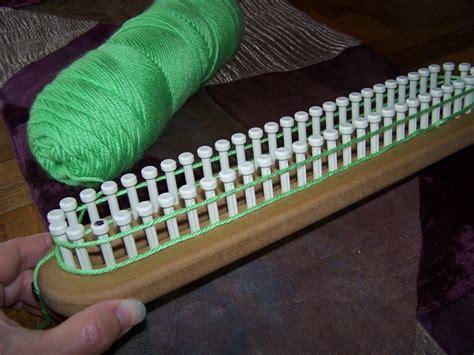 cast loom knitting the loom cast on
