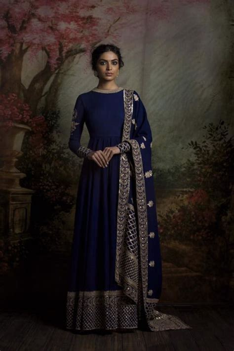 sabyasachi mukherjee indian fashion designer best 602 best sabyasachi designer indian fashion images on