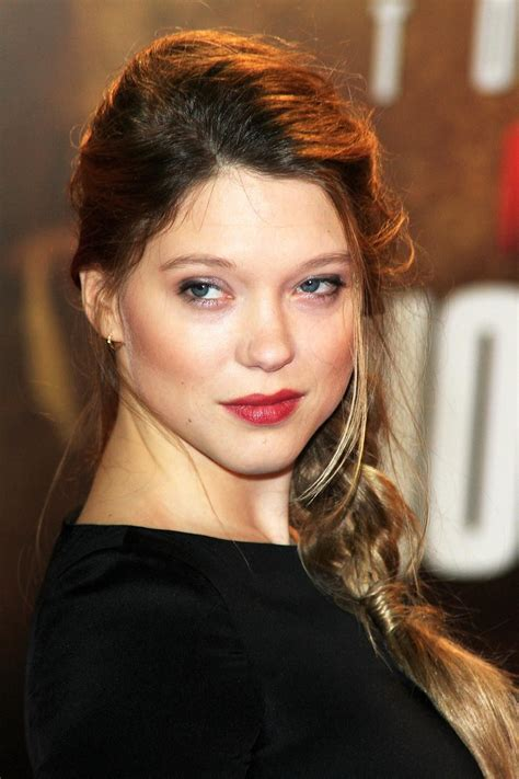lea seydoux real hair color rarely if ever smiling but still gorgeous lea seydoux