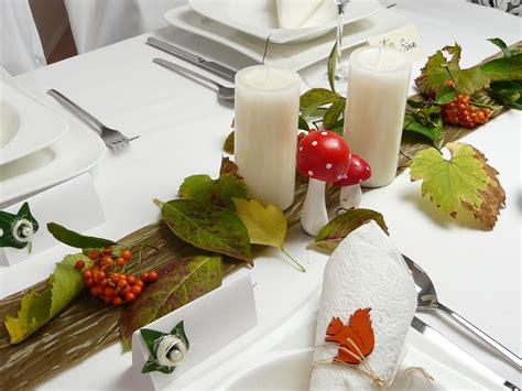 herbstliche tischdeko ideen raum und m 246 beldesign - Herbstliche Tischdeko Ideen