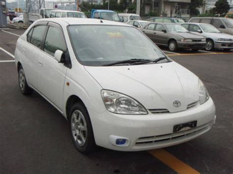 2002 Toyota Prius 2002 Toyota Prius Images