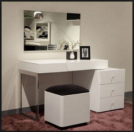 25 best ideas about dressing table modern on pinterest best 25 modern vanity table ideas on pinterest modern