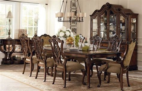 Extendable glass dining room table