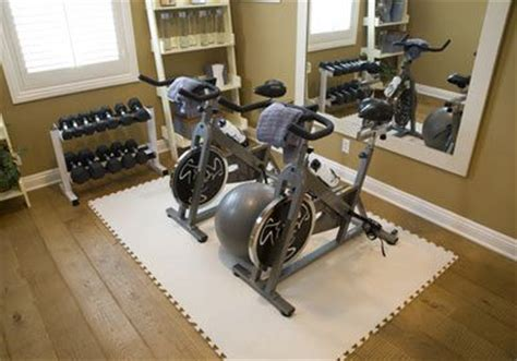 small home gyms best 25 basement workout room ideas on pinterest