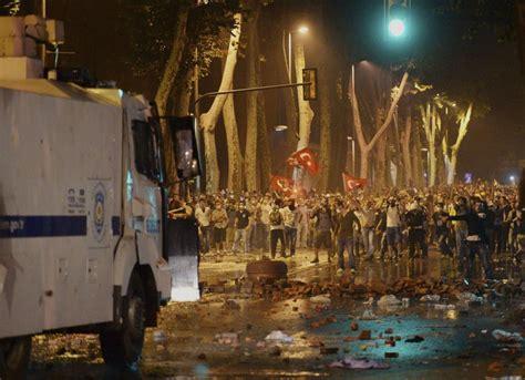 ministro ottomano istanbul scontri nella notte