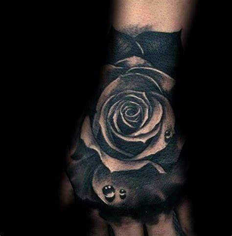 imagenes tatuajes rosas negras 30 ideas de tatuajes de rosas de hombre mujer fotos