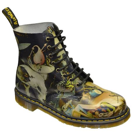 Dr Martens Pascal Hell 8uk dr martens dr martens 13774275 pascal hell 8 eyelet mens