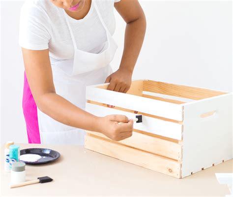 diy wooden crate picnic basket damask love