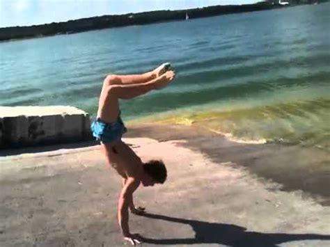 justin bieber doing handstand in hawaii youtube