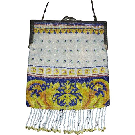 lovely micro beaded antique purse from grandviewantiques