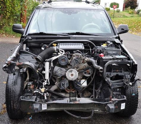 wrecked black jeep grand find used 2006 jeep grand 4 7l v8 limited 4x4