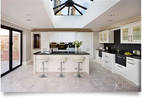 Design Kitchens Uk by The 2016 Trends To Follow Kitchens By Design