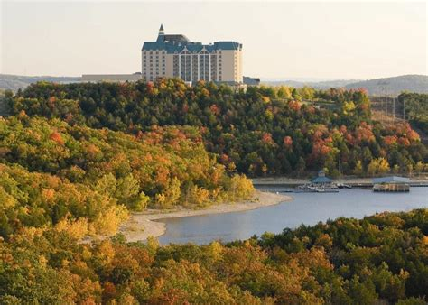 cing at table rock lake in branson mo today i d go see the fall foliage at table rock lake