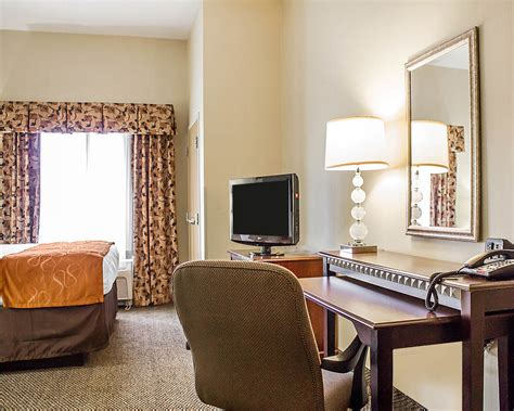 comfort suites southington comfort suites southington cheshire in cheshire hotel