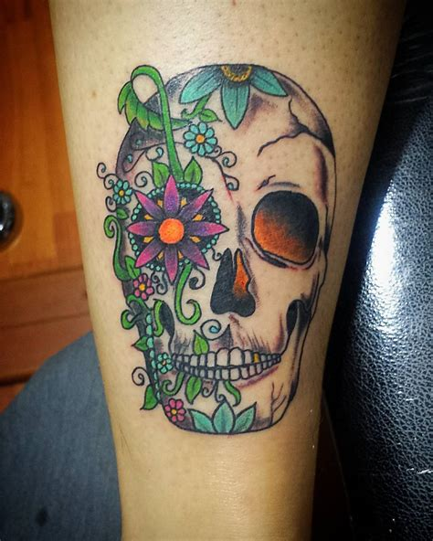 multiple skull tattoo designs skull designs pictures to pin on