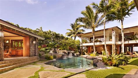 tour beyonce and z s hawaii vacation home hgtv