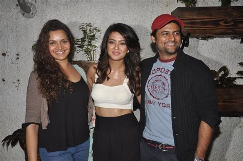 surveen chawla family surveen chawla attends hate story 2 special screening