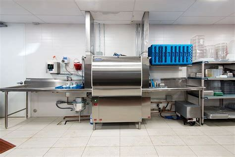 commercial kitchen layout ideas commercial kitchen layout dishwasher and sinks