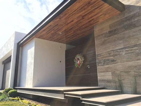 rumah minimalis variasi warna micro usb