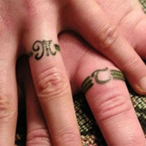 couple wedding ring tattoos wedding ring her101