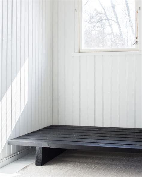 Diy Daybed Frame 25 Best Ideas About Diy Daybed On Pinterest Bed Frames Diy Platform Bed And Bed Frame Parts