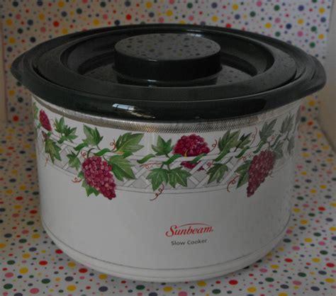 8*Sold~Sunbeam Mini Crock Pot ~ Electric Potpourri Warmer