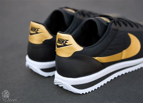 Sepatu Casual Nike Cortez Textile Black Sneaker 40 43 nike cortez ultra a mainstay in the nike line up for 40 years new cheap shoes you choose