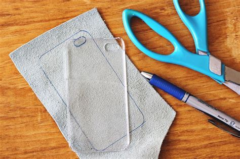 How To Make Phone Cases Out Of Paper - 2 diy iphone cases a beautiful mess