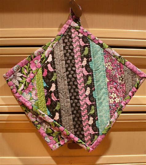 Free Quilted Potholder Pattern by 25 Best Ideas About Quilted Potholders On