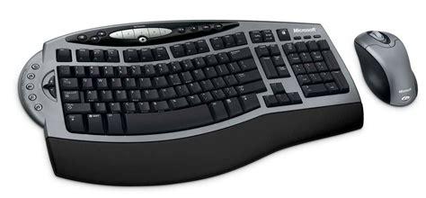 Stefano Bolli Microsoft Wireless Comfort Keyboard 1 0a On