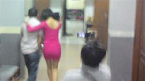 Buku Aa Baru Asmaul Husna Untuk Hidup Penuh Makna 1 ada 3 level tarif prostitusi artis