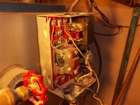 wiring  honeywell aquastat le doityourselfcom