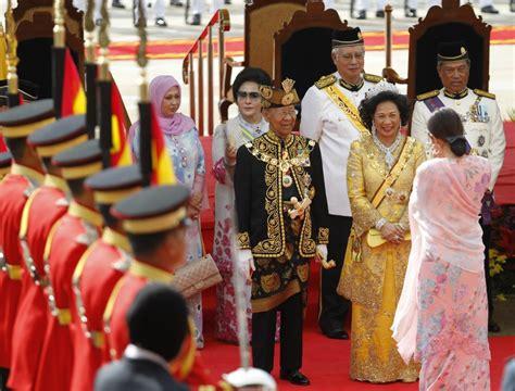 sinatra loving sultan crowned monarch  malaysia