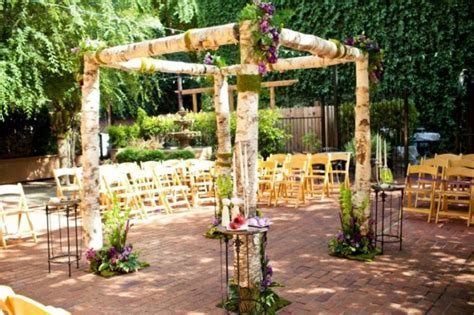 Court Yard D'Oro in Sacramento, CA :: Small Weddings