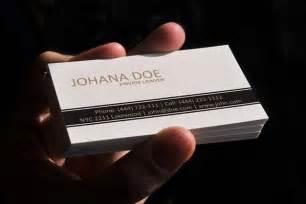 lawyer business card template 白弁護士名刺テンプレート 無料でダウンロードするベクトル