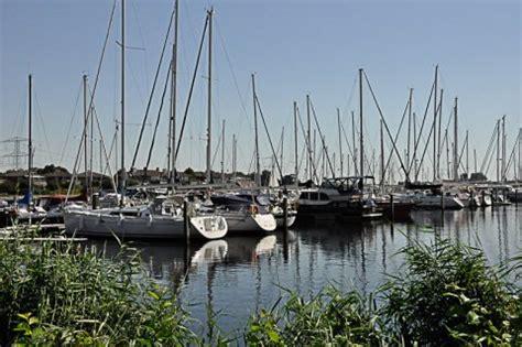 ligplaats jachthaven stellendam home marina schokkerstrand