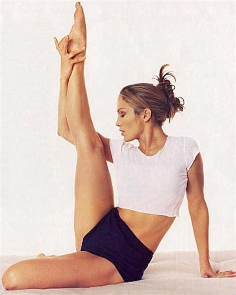 jennifer lopez healthy celeb jennifer lopez workout routine and diet plan 2016 edition