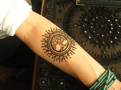 tree henna tattoos best 25 henna tree ideas on henna arm henna
