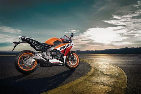 2015 Honda CBR1000RR Review