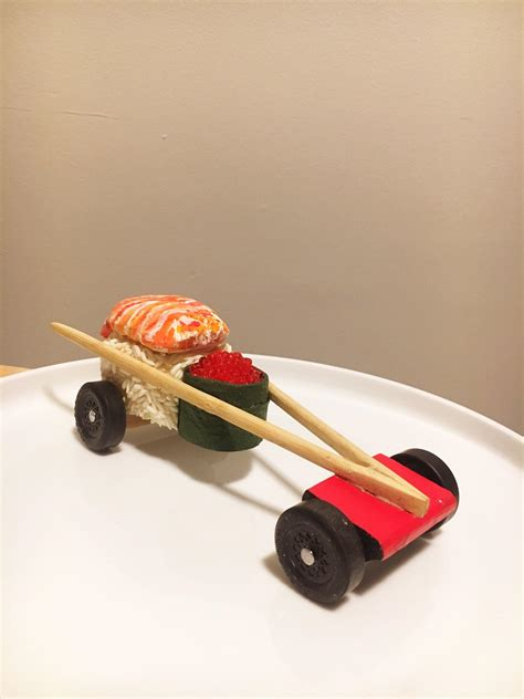 best pinewood derby design my friend s made this awesome pinewood derby car she