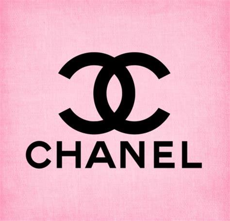 Chanel Reborn 4 In 1 chanel logo