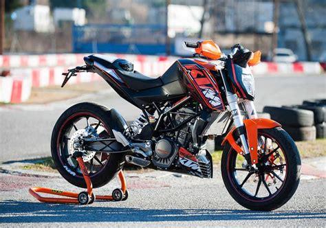 Ktm E Bike Aufkleber by Ktm Ktm 200 Duke Moto Zombdrive