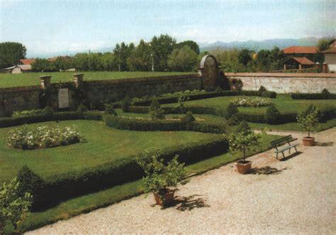 Giardiniere Torino Giardini E Irrigazione Giardiniere Giardinaggio Parchi