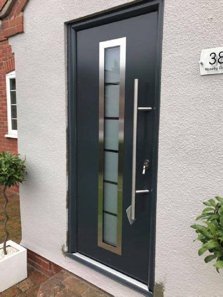 Brads Overhead Door Bradgate Garage Doors Garage Door Company In Leicester Uk