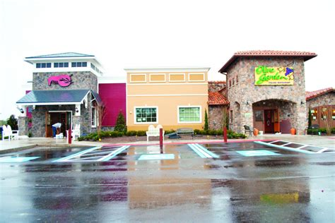 olive u palm gardens olive garden lobster announce opening day palm coast observer