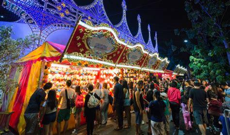 christmas fairs  singapore  ice skating carnival